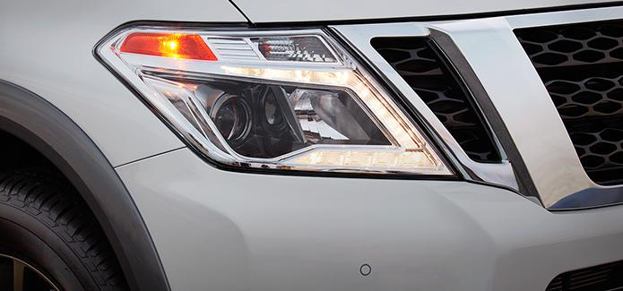 LED Low Beam Headlights With Integrated Signature